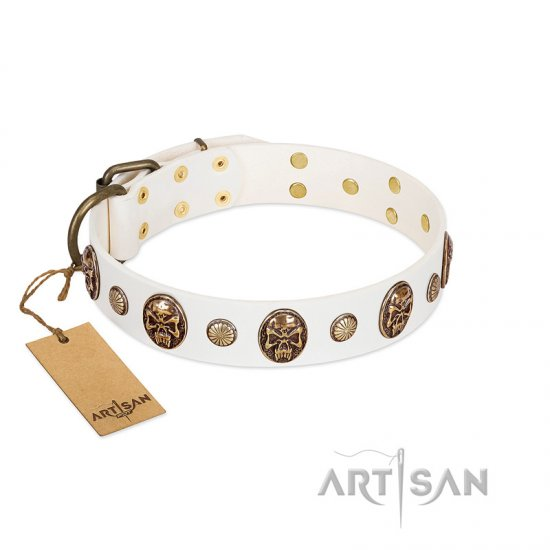 """Fatal Beauty"" FDT Artisan White Leather Amstaff Collar with Old Bronze-like Studs and Oval Brooches"