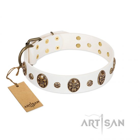 """Magic Bullet"" FDT Artisan White Leather Amstaff Collar with Studs and Skulls"