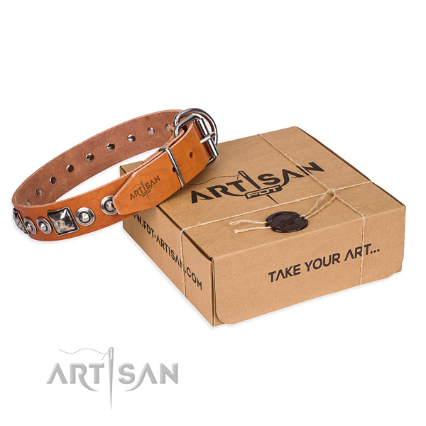 Natural genuine leather dog collar made of high quality material with reliable hardware
