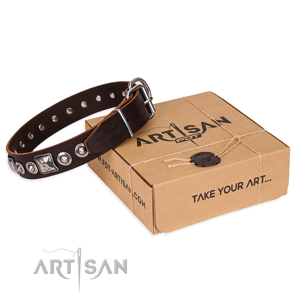 Full grain leather dog collar made of reliable material with rust-proof D-ring