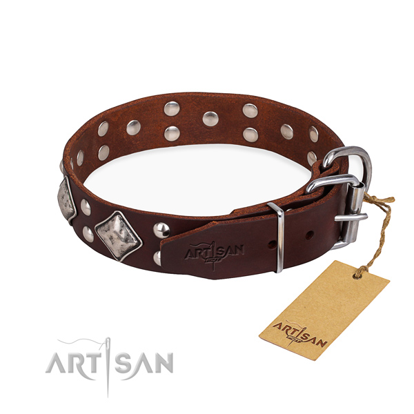 Genuine leather dog collar with inimitable rust-proof studs